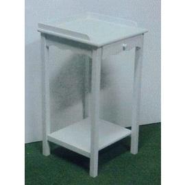 Telephone Table (Телефонные таблице)