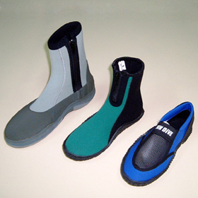 diving suits, boots, gloves and accessories (гидрокостюмы, сапог, перчаток и аксессуаров)