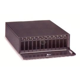 A flexible, integrated storage subsystem enclosure (A flexible, intégrée sous-système de stockage enceinte)