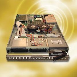 1U Rack 3-bay IDE Server (1U R k 3-Бей IDE Server)