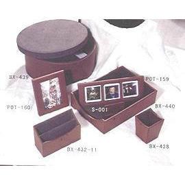 Leather Stationery set, Photo Frame, Storage Box (Канцелярский набор кожа, рамка для фотографий, хранение Box)