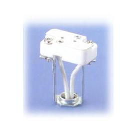 Halogen lamp holder