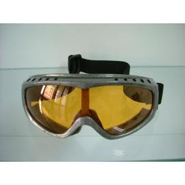 Skiing glasses