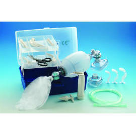Silicone Manual Resuscitator With C Type Carried Box and one Laryngoscope Set (Silikon-Beatmungsbeutel Mit Manual C Typ Carried-Box und ein Laryngoscope Set)