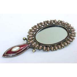 Mirror Case (Зеркальный шкаф)