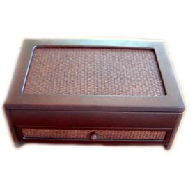 Wooden Jewelry Box (Деревянный Jewelry Box)