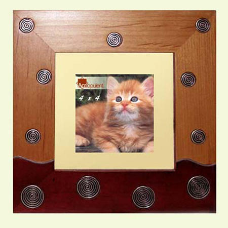 The Accented Wood Photo Frame (Der Akzent Holz Bilderrahmen)