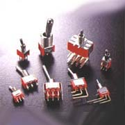 Toggle Switches (Тумблеры)