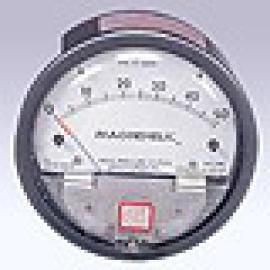 Differential pressure gauge (Дифференциальный манометр)