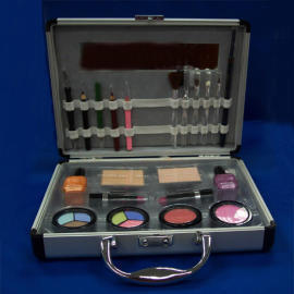 Party suitcase make-up kit (Партия чемодан состав комплекта)