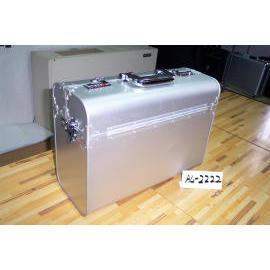 COMPUTER CASE IN ALUMINUM (В корпус компьютера АЛЮМИНИЙ)