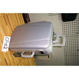 ABS MOLDED COMPUTER CASE WITH TROLLEY. (ABS MOLDED корпус компьютера с тележкой.)