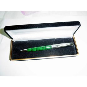 pen,pencil
