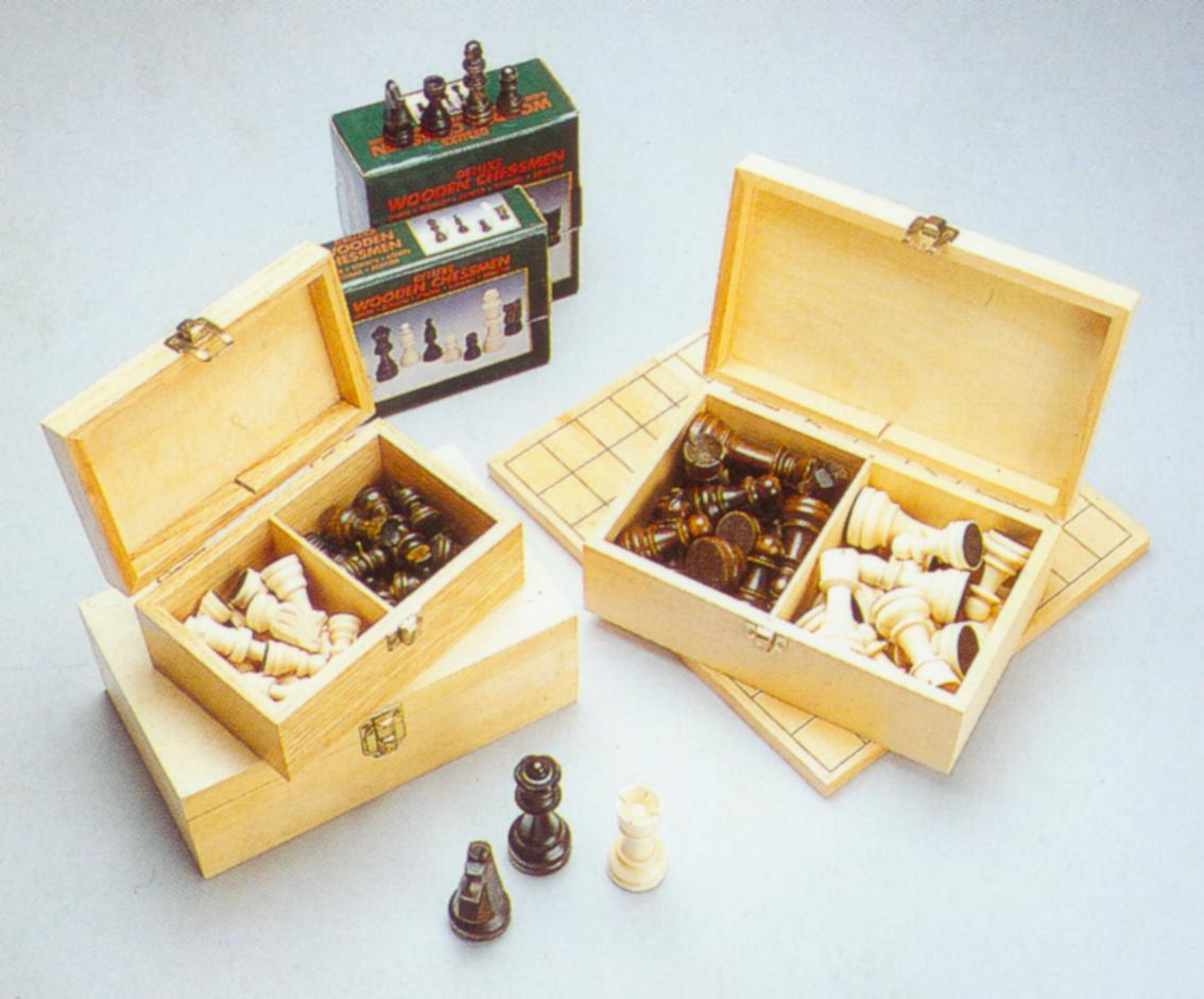 Wooden Chessmen (Шахматные фигуры деревянные)