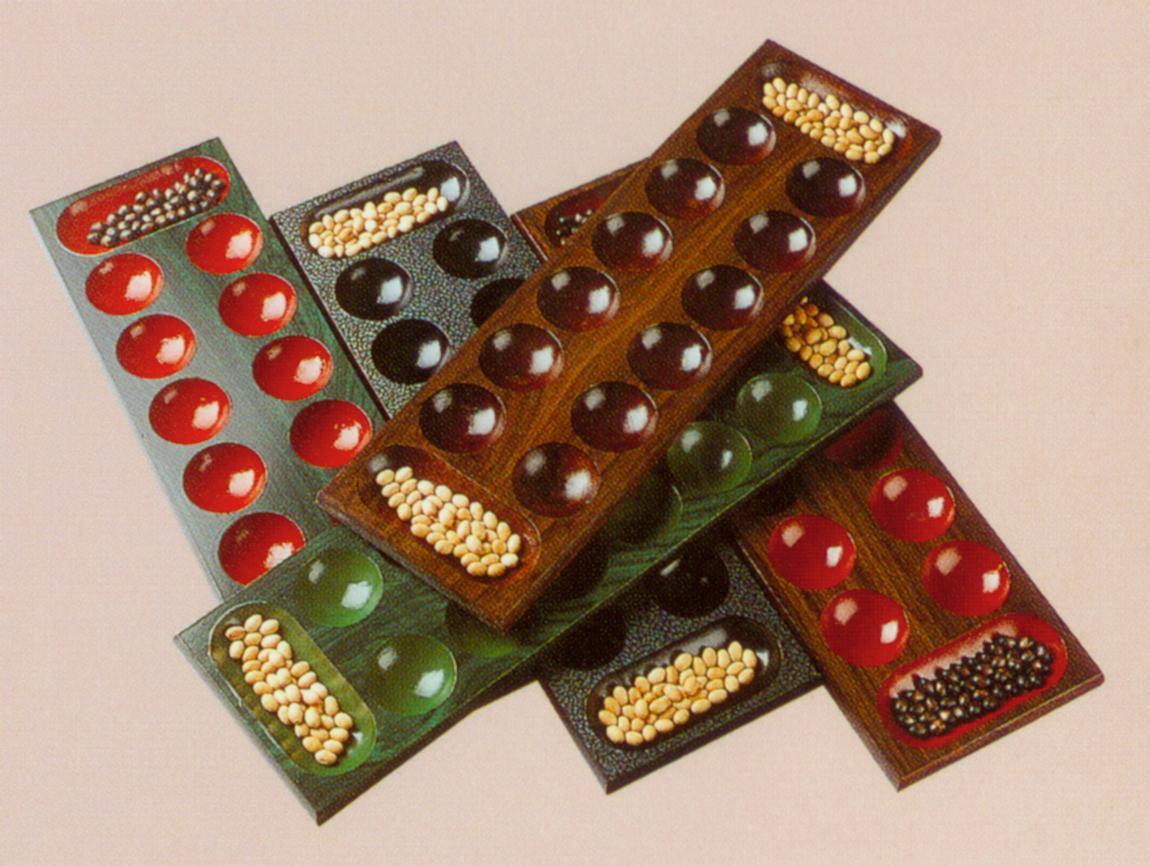 wooden kalaha set (деревянный набор Калаха)