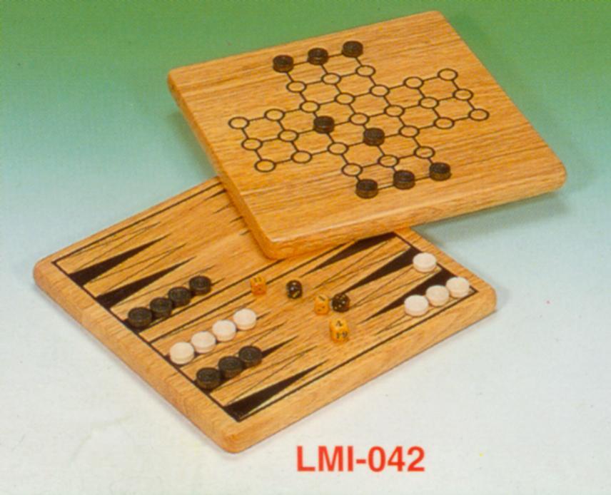 2-in-1 wooden backgammon/solitaire set (2-в  деревянными нард / набор пасьянсов)