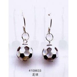 soccer earring (Fußball-Ohrringe)