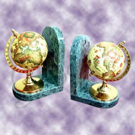 Marble bookends with globe (Мраморные книгодержатели с глобусом)