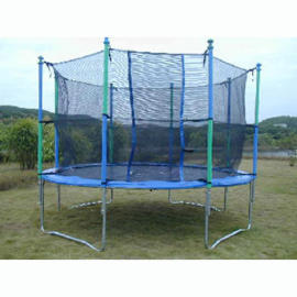 168 Trampoline with a Safety Net (168 Батут с защитой)