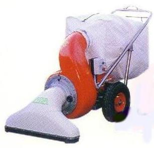 Power vacuum sweeper