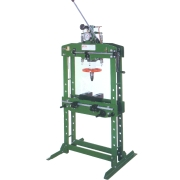 15 Ton Hydraulic Press @ (15 Ton Hydraulic Press)