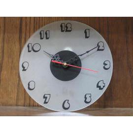 Glass Clock (Стекло часов)