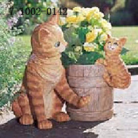 CAT AND KITTEN PLANTER