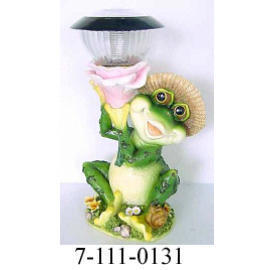 POLYRESIN FROG W/SOLAR LIGHT