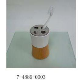 TOOTHBRUSH HOLDER (Держатель зубной щетки)