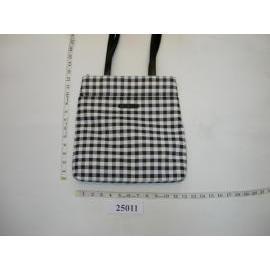 bag,handbag,organizer,shoulder bag,purse,travel bag,leather bag,synthetic bag
