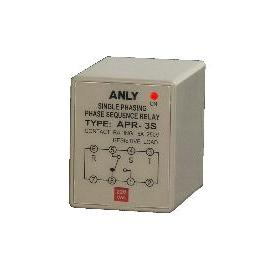 3-Phase Voltage Relay (3-Phase Relais de tension)