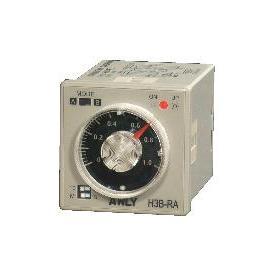 Wide Voltage Multi-Range Analogue Timer (Напряжение Wide Multi-диапазон аналогового таймера)