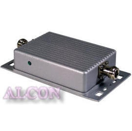 WLAN 802.11b 2.4GHz Out-door 1000mW booster or Amplifier (WLAN 802.11b 2.4GHz Out-дверный 1000mW усилителя и усилителя)