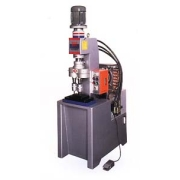 Twin-Spindle Riveting Machine Capacity: Dia. 3-7 mm (Двухшпиндельные Riveting Емкость машины: Dia. 3-7 мм)