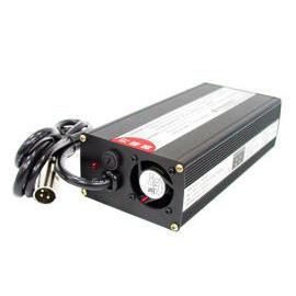 Charger for Pb-acid or Li-ion battery pack (Зарядное устройство для свинцово-кислотных или литий-ионный аккумулятор)