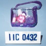 Cosmetic gift set in PVC bag (Косметические Подарочный набор из ПВХ сумка)