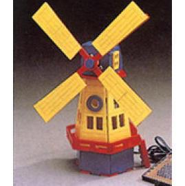 Solar Powered Windmill (Солнечные приведенные в Windmill)