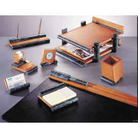 MARBLE BE-CUBISM DESK SET