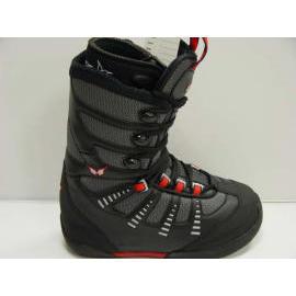 snowboard boots (ботинки для сноуборда)