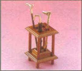 Dollhouse Wood Stand for Umbrella/Walkingstick/Shoehorn (Dollhouse Wood Stand for Umbrella/Walkingstick/Shoehorn)