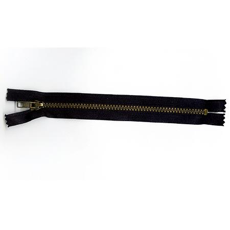 Steel and plastic zipper