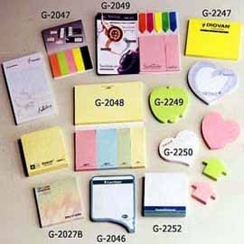 POST IT NOTE PAD