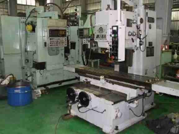 Bed type vertical milling machine (Кровать тип вертикальная фрезерная машина)