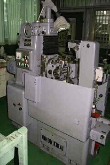 Gear hobbing machine (Зубофрезерный станок)