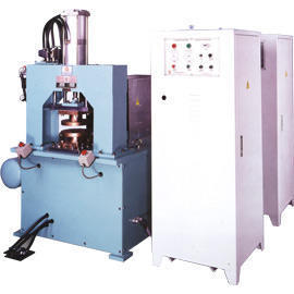 Condenser Welding Machine