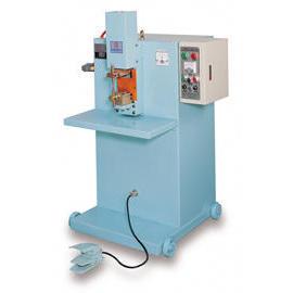 Condenser Welding Machine (Конденсатор сварочный станок)