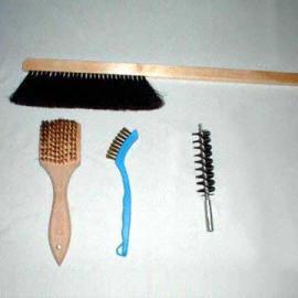 Industrial Brushes in Customer`s Design and Specifications (Специальные щетки для промышленности в области дизайна клиента и характеристики)