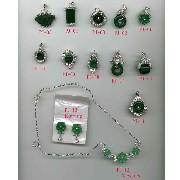 Jade Pendant; Ring; Earring (Jade Anhänger, Ring, Ohrring)