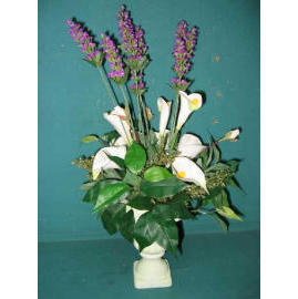 18``H POTTED LAVENDER & LILY (18``H EMPOTE LAVANDE & LILY)