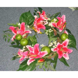 18`` LILY WREATH (18``LILY WREATH)